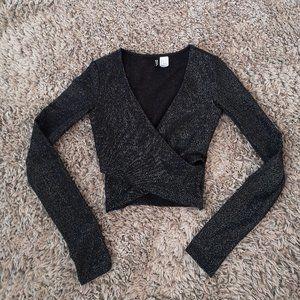 💝H&M Dividend Black Shimmer Wrap Crop Top
